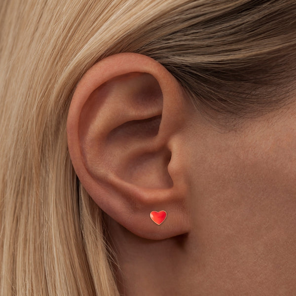 LULU Copenhagen LOVE U 1 PCS - ENAMEL Ear stud, 1 pcs Red