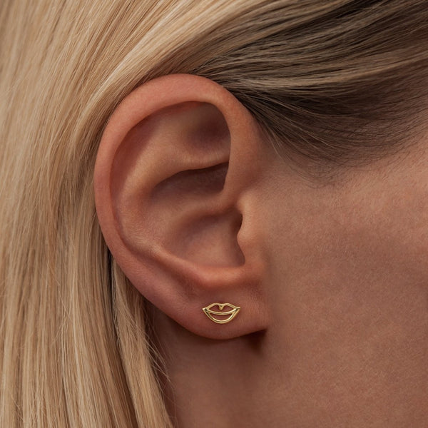 LULU Copenhagen SECRET 1 PCS - SHINY Ear stud, 1 pcs Gold plated