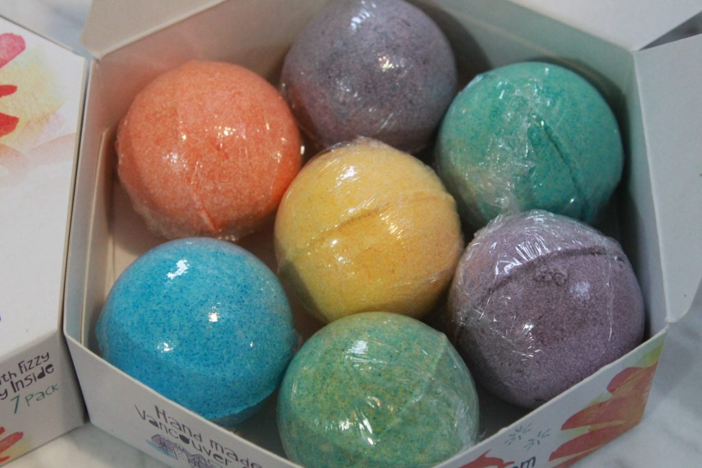 Bath Squigglers- Bath Bomb for Kids (Comes as a single bath bomb)