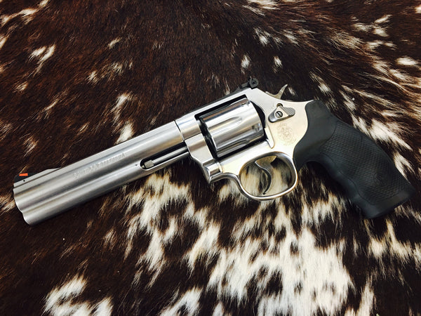 "Smith Wesson 686 Mag plus revolver 6"" Stainless 7 shots"