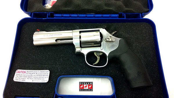 "Smith & Wesson 686 Special Canadian version 4.2"" .357MAG/.38S&W"