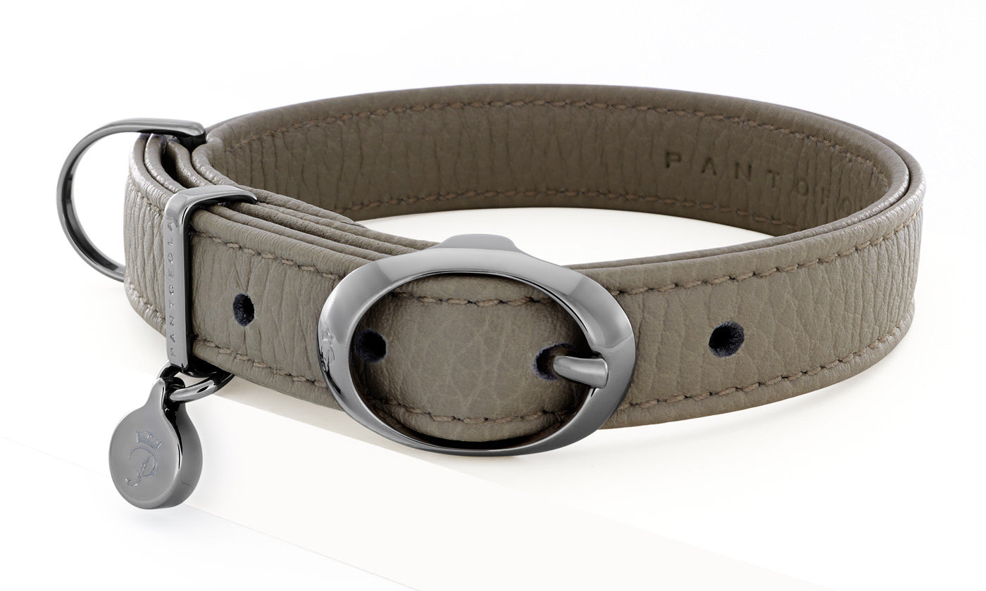 Pantofola Italian luxury leather dog collar in Luna, Small