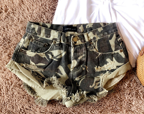 Safari Sweetheart Shorts - Camo