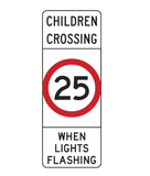 CHILDREN CROSSING (25 km/h) WHEN LIGHTS FLASHING R3-4A