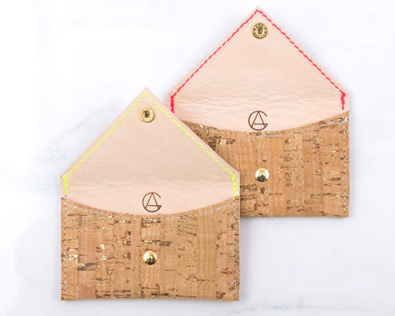 GUCHA // CORK CARD CASE
