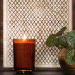 Load image into Gallery viewer, Rosy Rings Lemon Blossom & Lychee Sunray Glass Candle