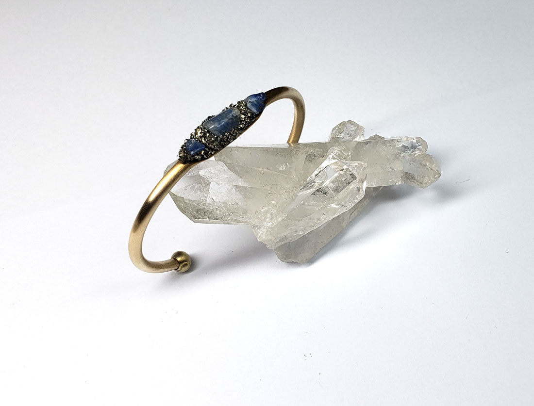 Marly Moretti Brass Cuff with Blue Howlite Stones - Wanderlustre