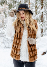 Load image into Gallery viewer, Toffee Mink Couture Faux Fur Hook Vest