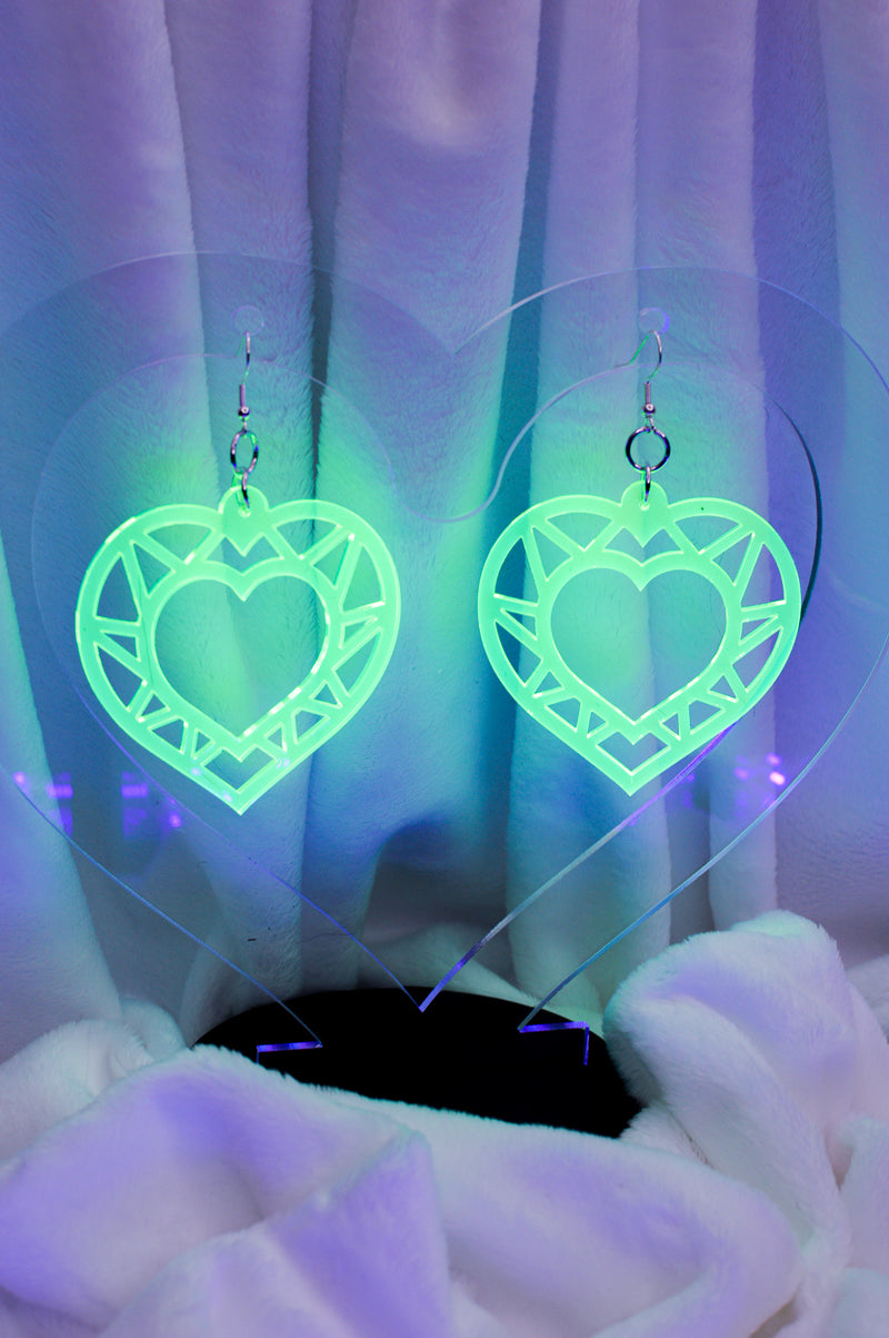 Geo Heart Earrings - Green