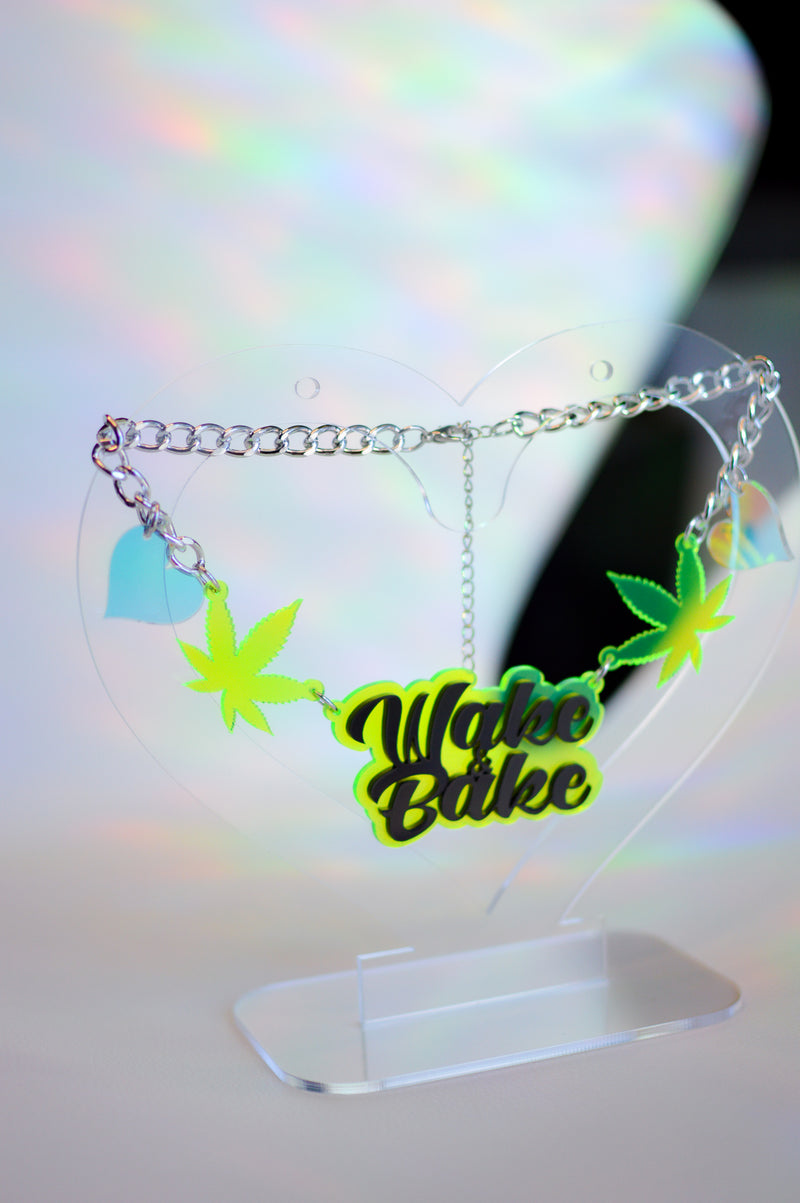 Wake & Bake Necklace - Neon Green