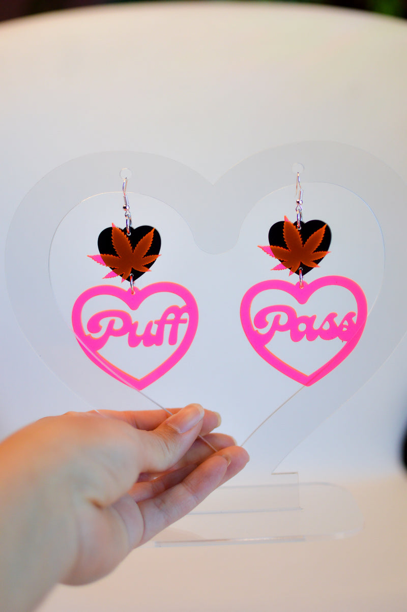 Puff Pass Weed Earrings - Neon Pink