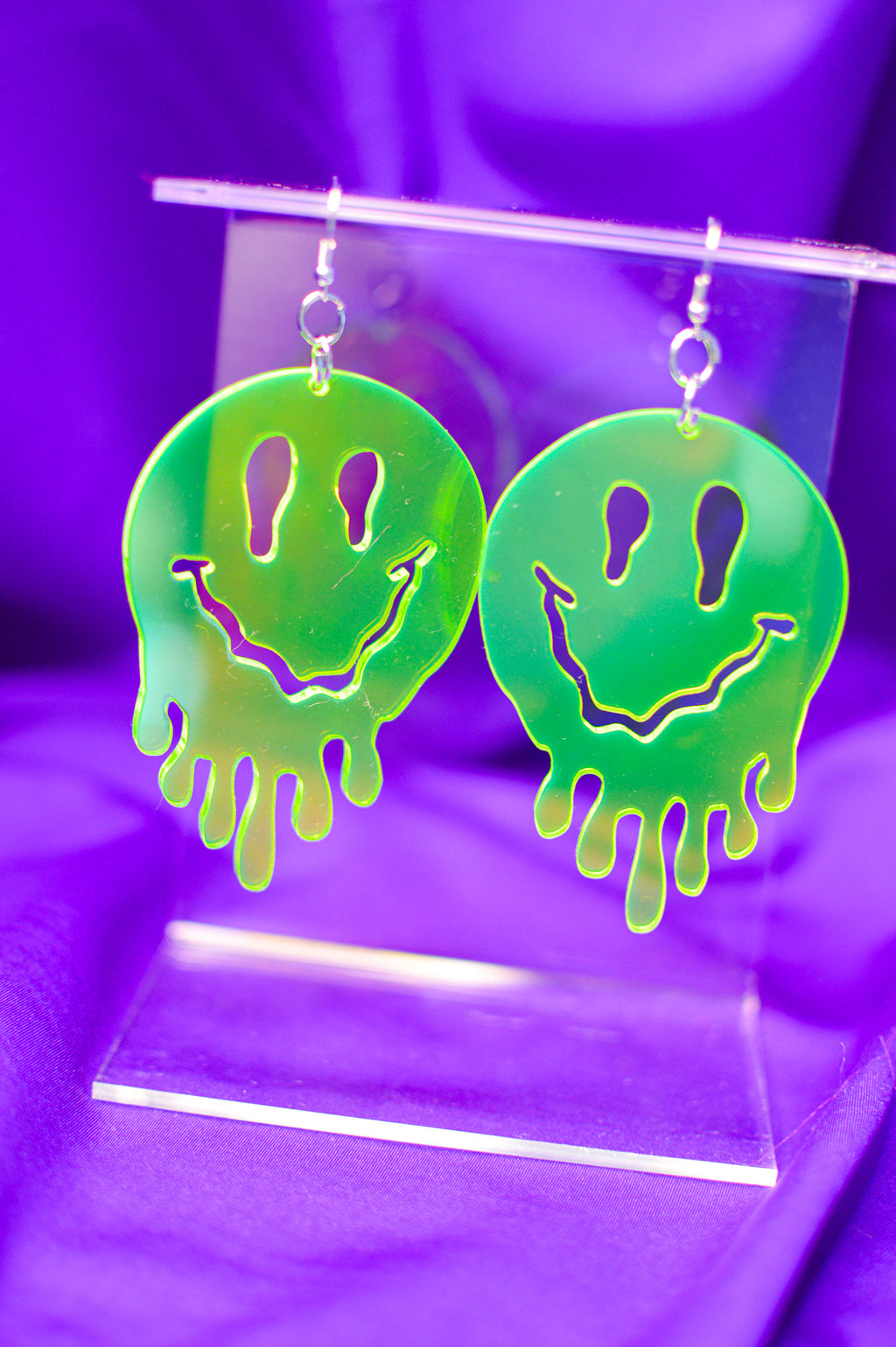 Drippy Happy Face Earrings - Green
