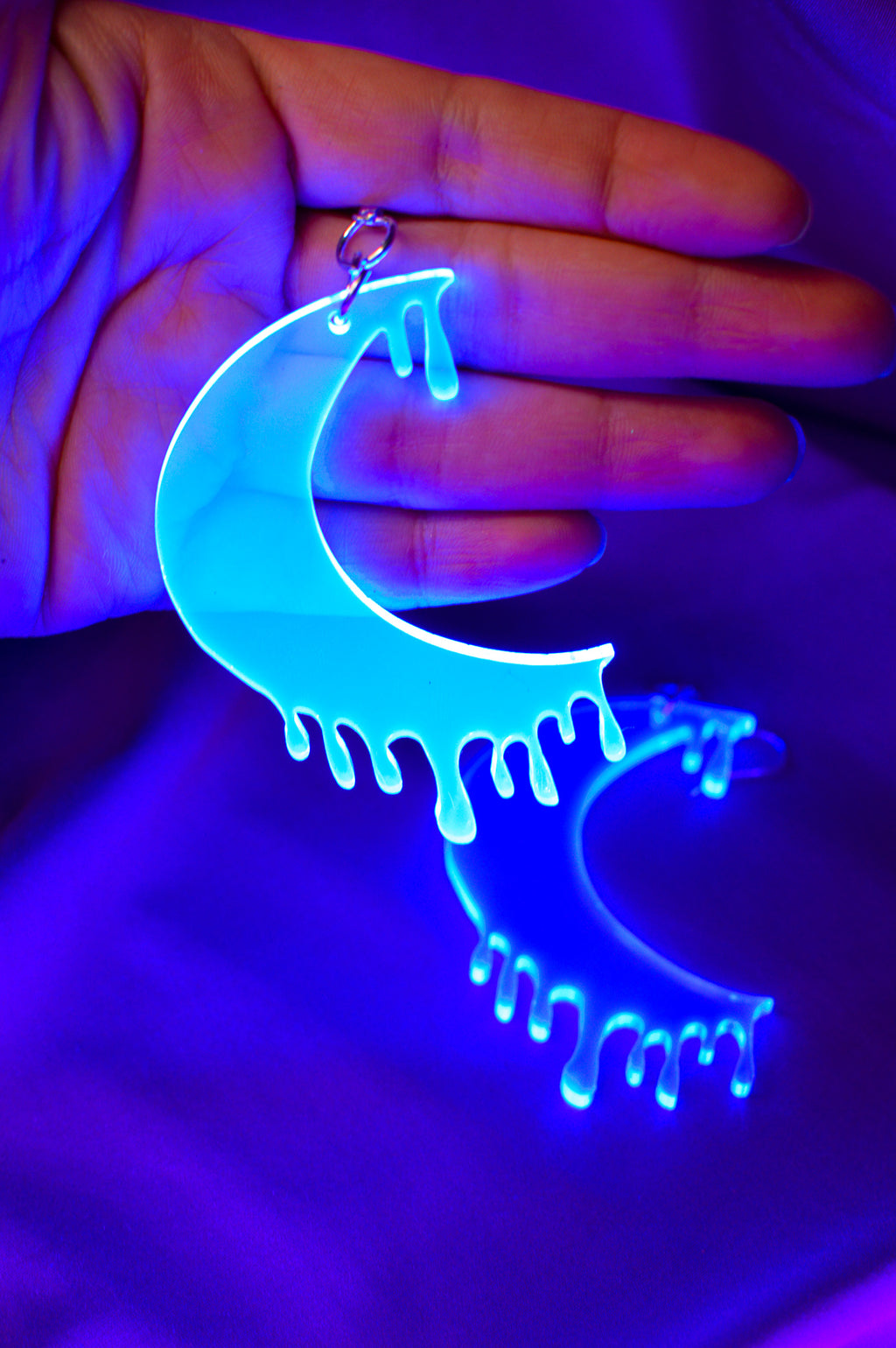Drippy Moon Face Earrings - Blue