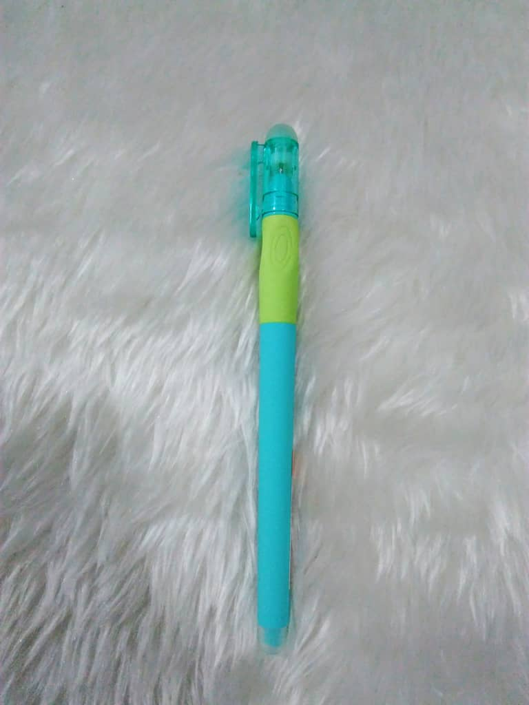 Pens : M&G Bright Erasable Pens (Capped)
