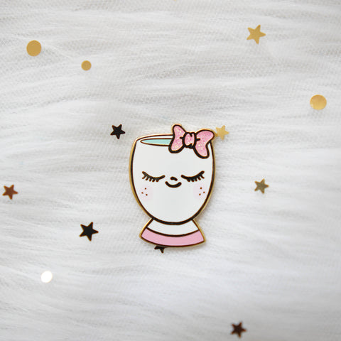 Pins : Pink Bow Cup //  Magnetic Backing