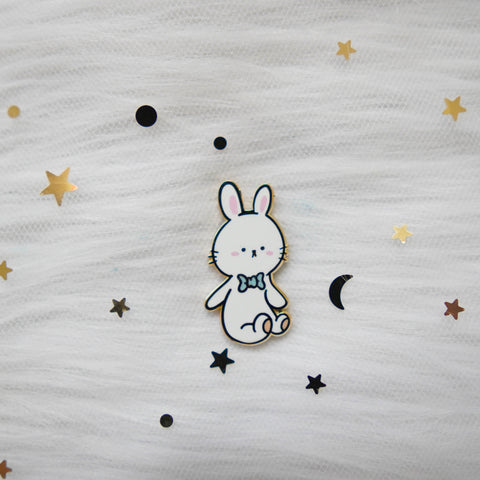 Pins : White Bunny //  Magnetic Backing