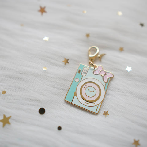 Dangling Charms  : Mint Camera with Pink Bow // With Lobster Clasp