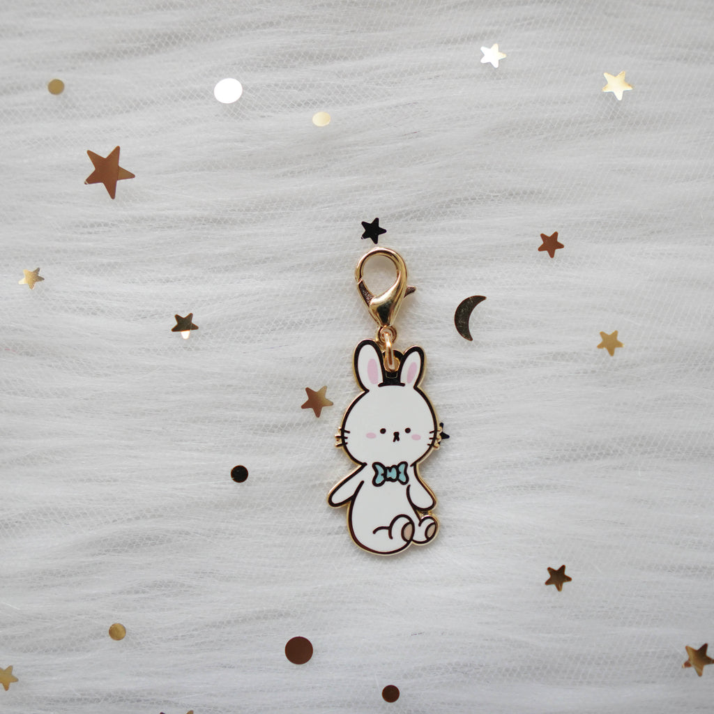 Dangling Charms  : White Bunny // With Lobster Clasp