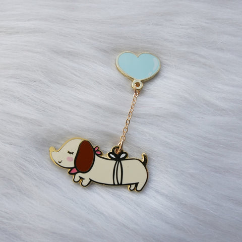 Pins :  Let's Go Travel // Weenie Dog with Balloon