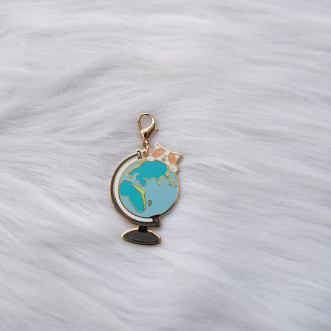 Dangling Charm : Let's Go Travel // Globe + Doggie