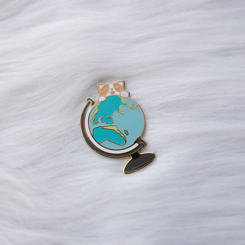Pins :  Let's Go Travel // Globe + Doggie