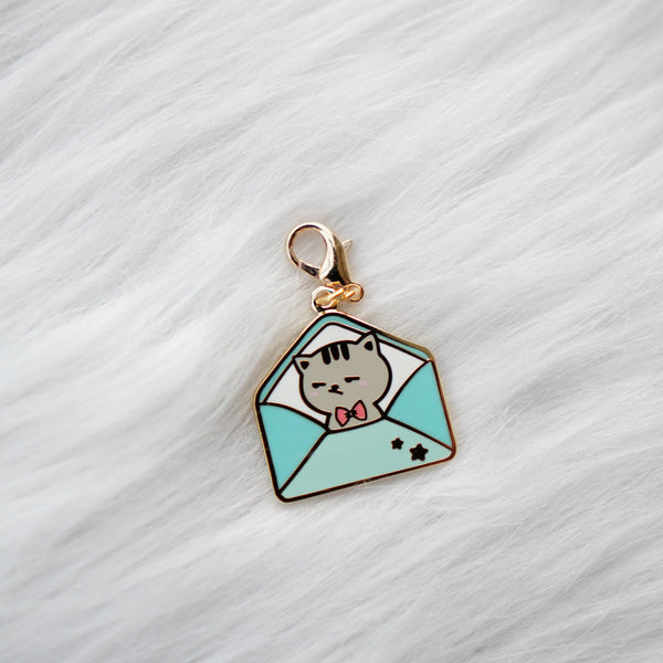 Dangling Charm : Fave Things // Kitties