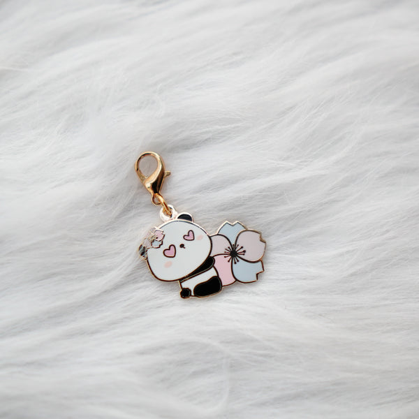 Pins : Cherry Blossoms Animals