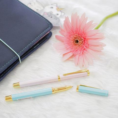 Pens : Pastel x Gold Fountain Pens
