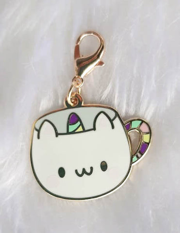 Dangling Charm : Catiecorn Cup