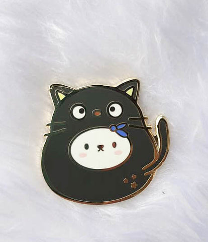 Pins : Cutie Patootie // Black Cat //  Magnetic Backing