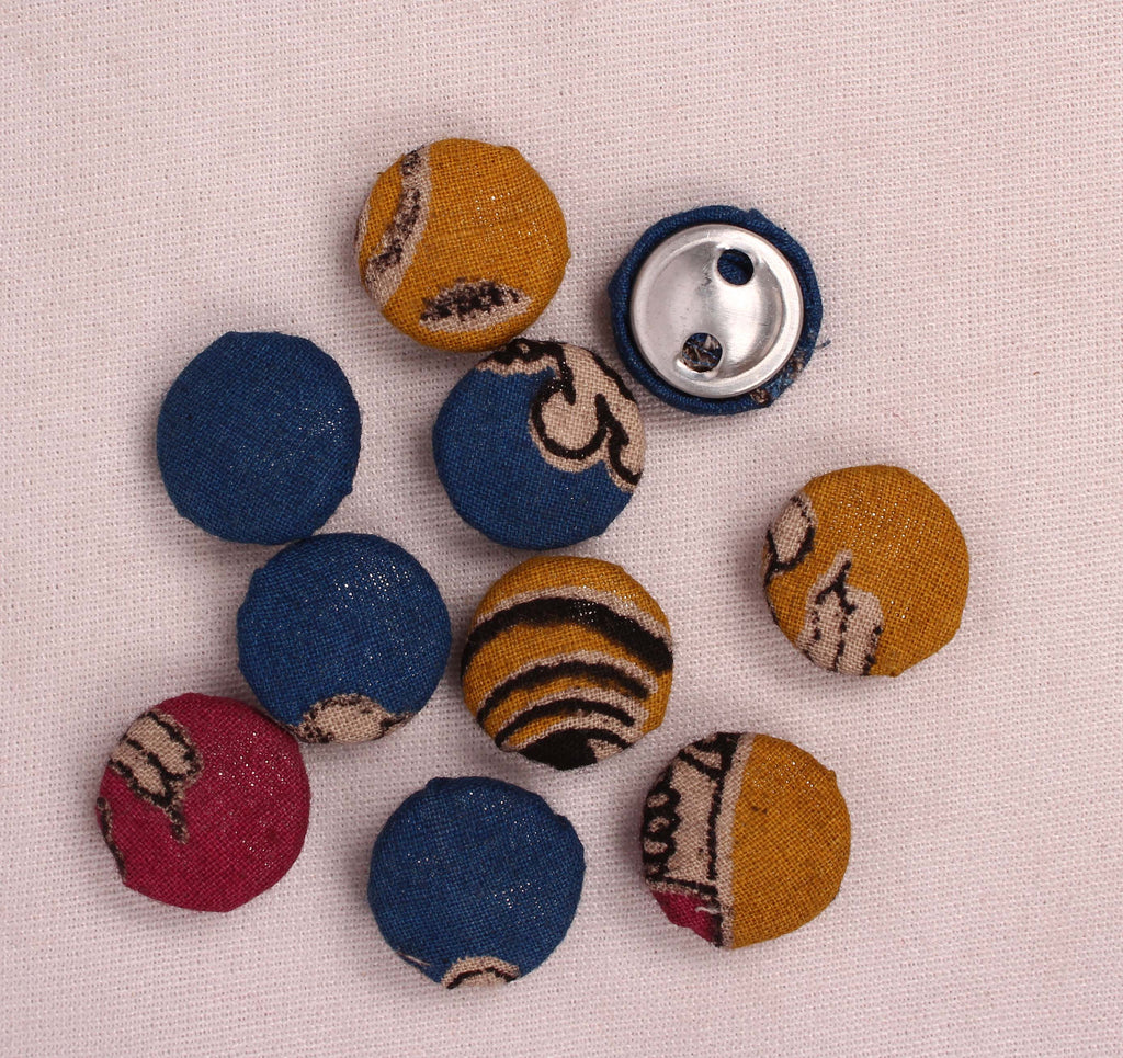 Handmade Small Fabric Buttons (Set Of 10)- WUK02104