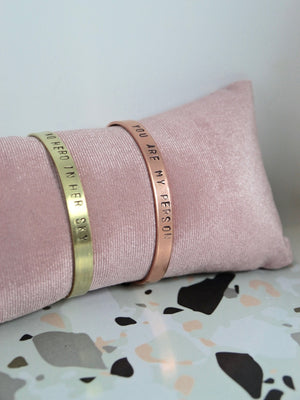 Bracciale personalizzato SLIM ORO - font MINI - Wanderlust Factory ● Mobile Fashion Boutique