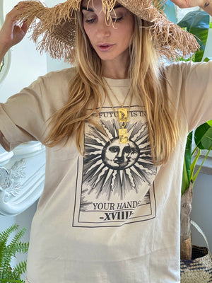 Tee - Future is in your hand 🌞