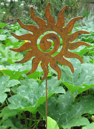 Decorative Garden Stakes / Metal Wall Art Decor / Rustic Metal, Garden Idea