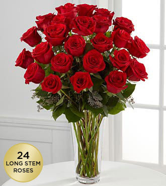 Spectacular red roses. Ideal for love and romance. Deliver them with your florist in Coral Gables.