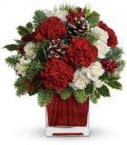 Christmas flowers and decorations. Florist in Coral Gables.