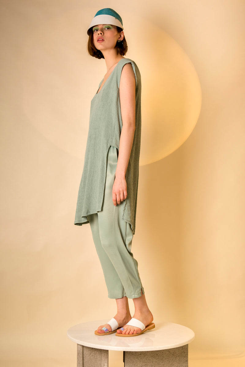 Top Nori in Mint Grey Pleated Crepe