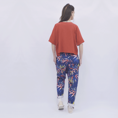 Trousers Elapse in Cotton Tropical Floral Gabardine