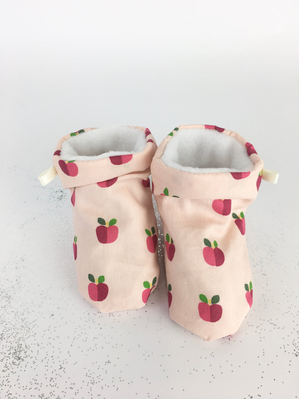 BABY SHOES * CANDY APPLE