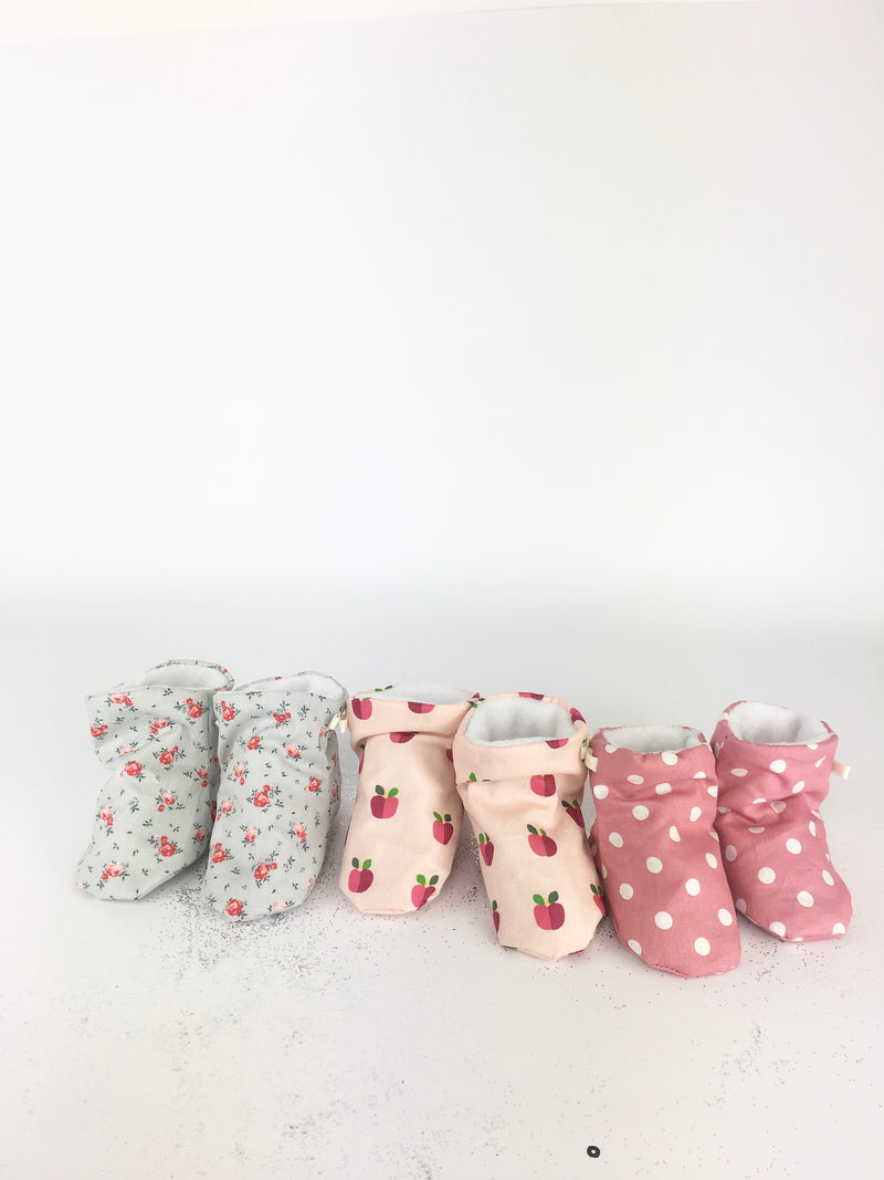 BABY SHOES * PINK POLKA