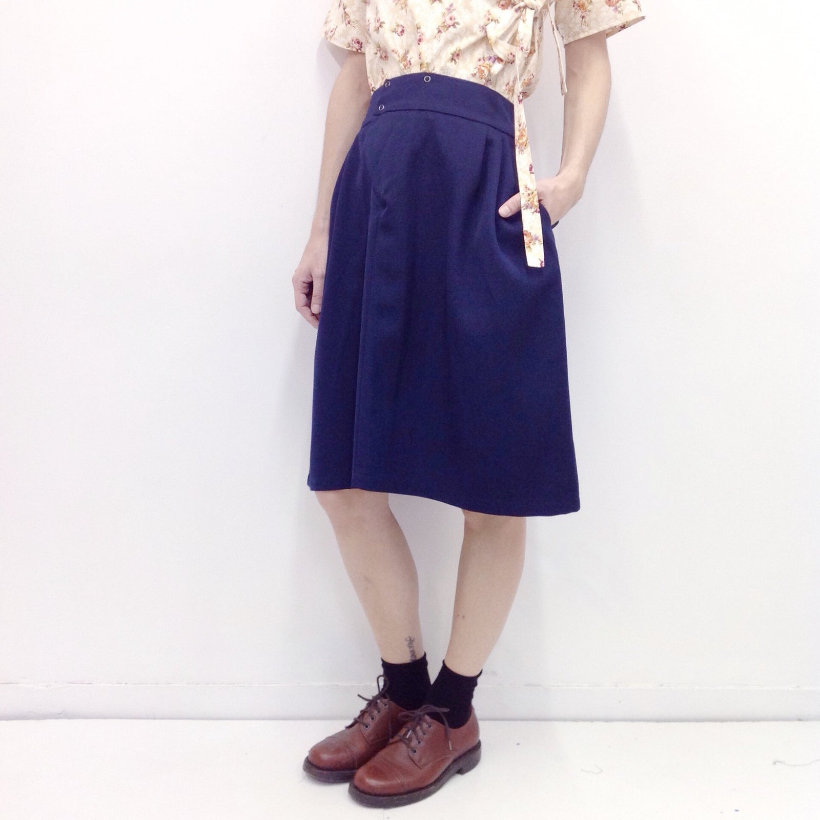 Skirt Prude in Woolen Gabardine