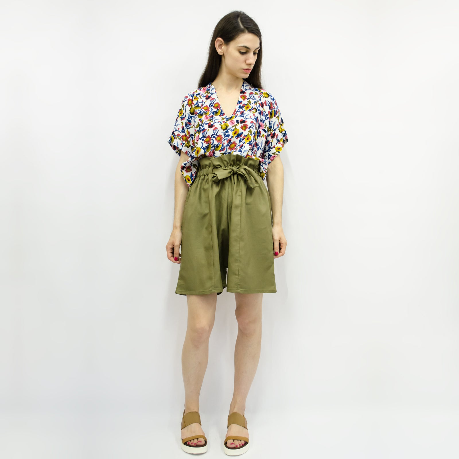 Wide Shorts Hiraku in Linen Colors