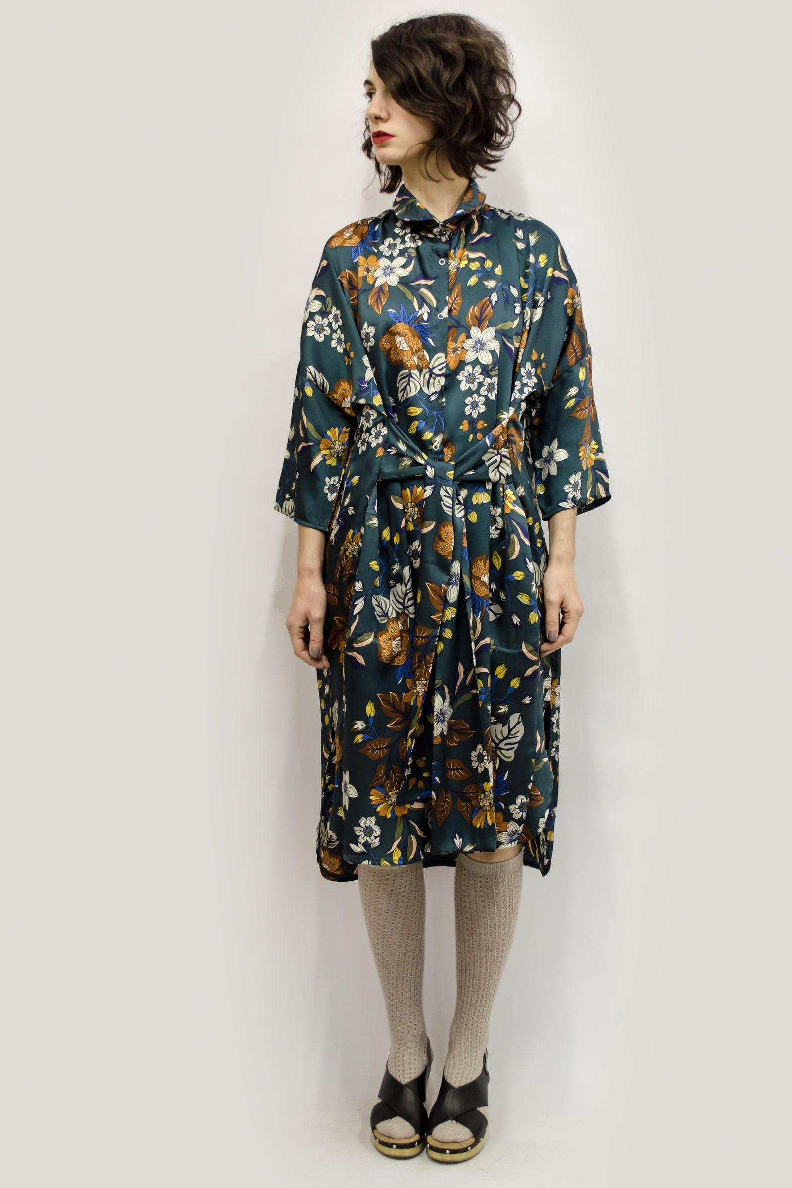 Shirt Dress Akihiko in Silky Satin Floral Colors