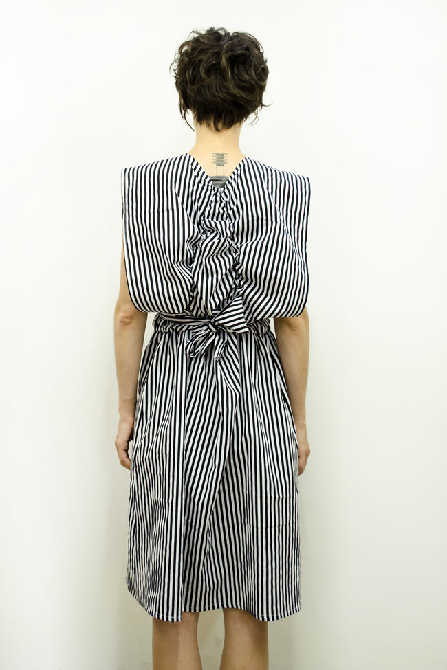 Dress Batafurai in Thick Black Stripe Cotton Poplin