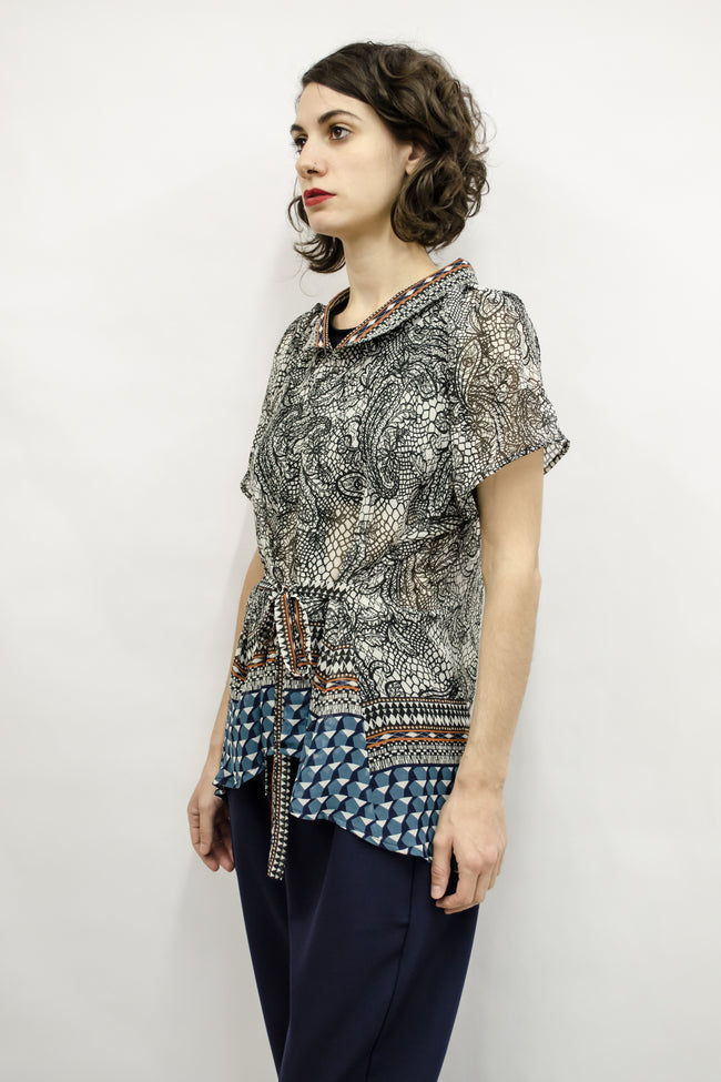 Shirt Cecile in Sheer Geometry Print Colors