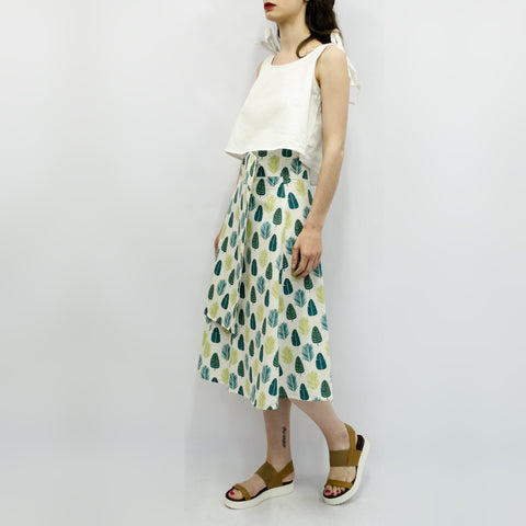 Skirt Milo in White Leaves Pattern