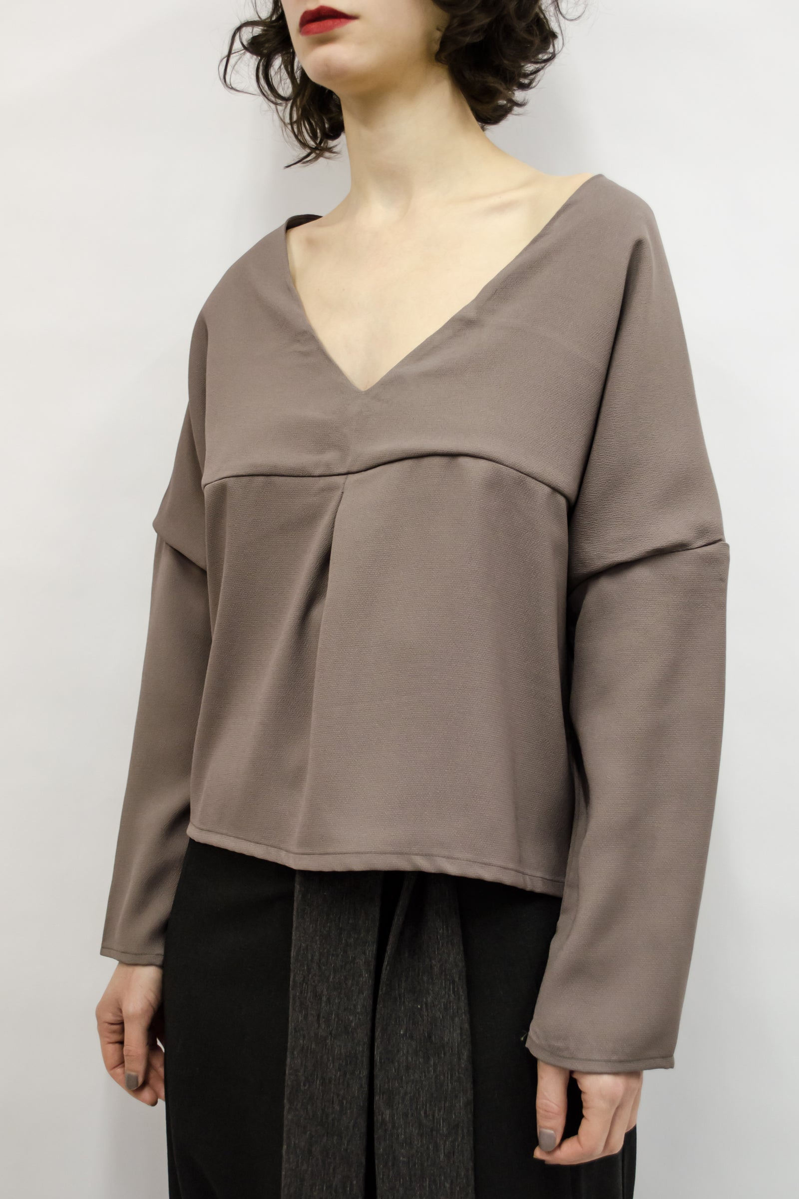 Top Aina in Satin Crispy Crepe Colors