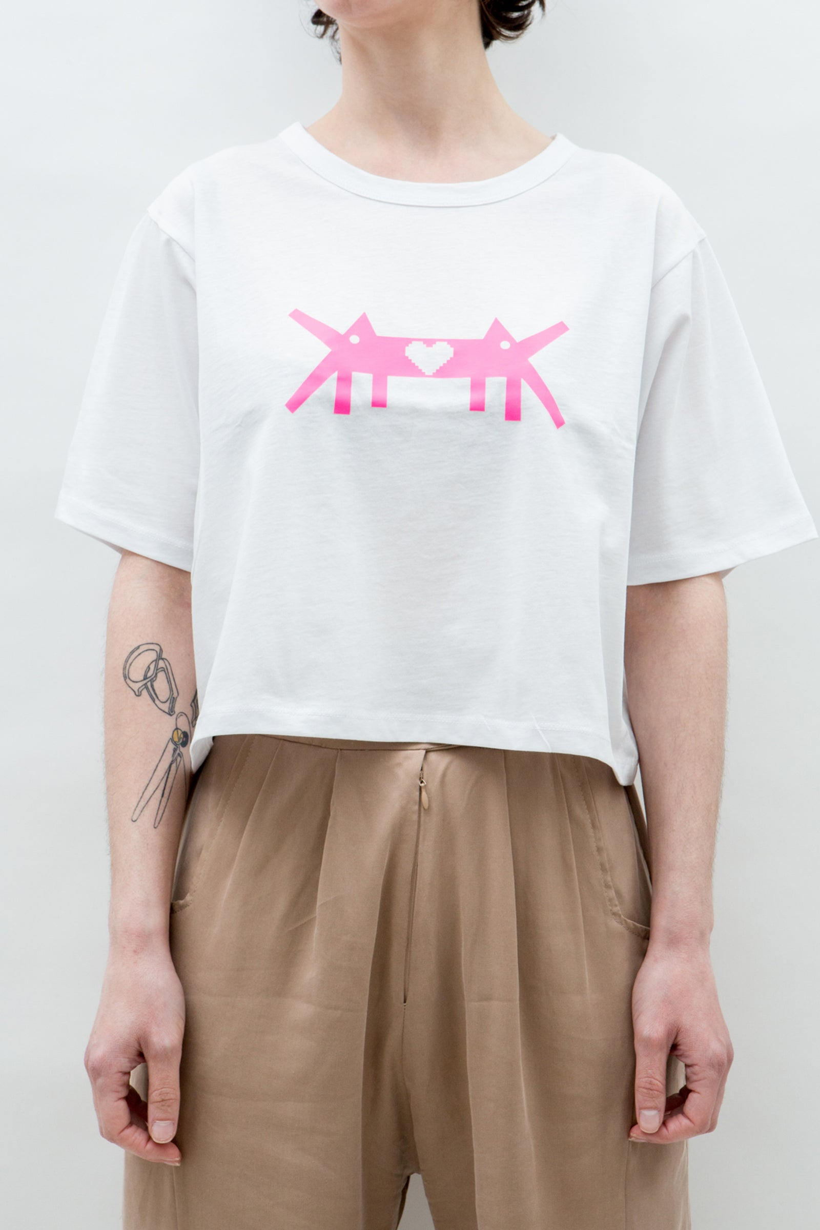 AM Cropped T-Shirt PixeLove Logo