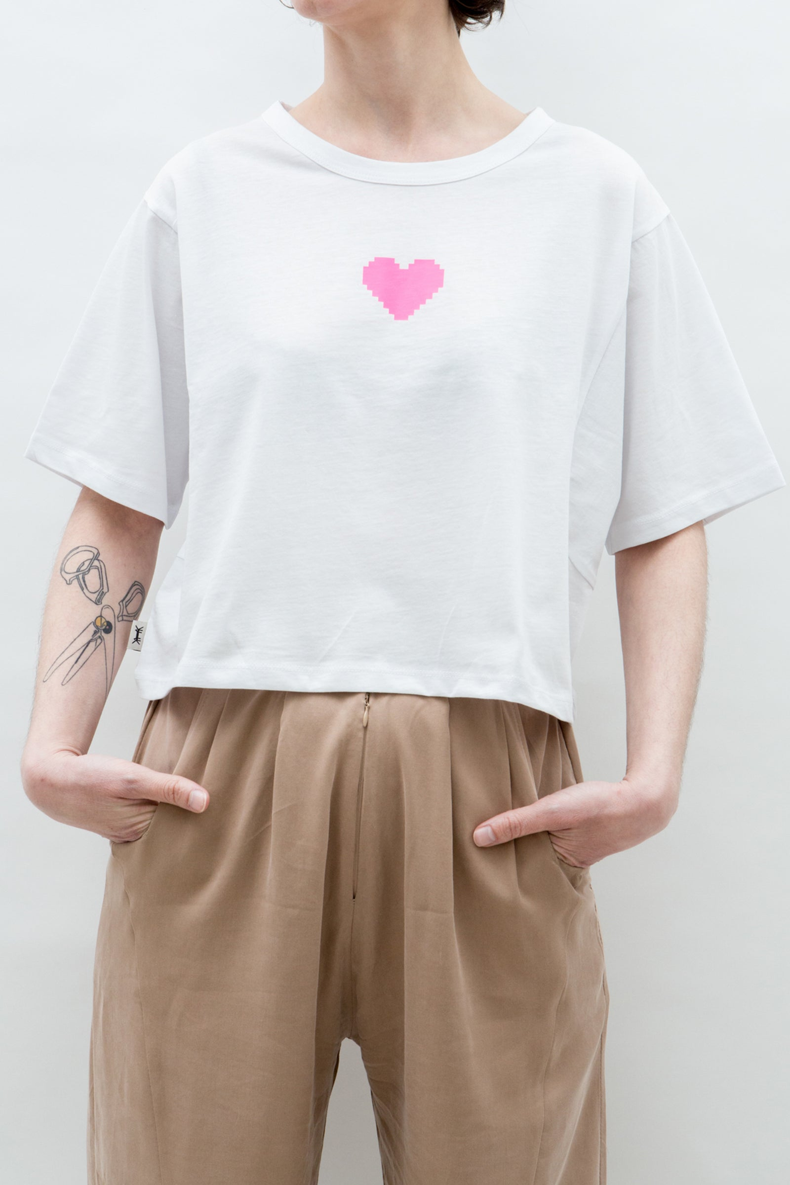 AM Cropped T-Shirt PixeLove Heart