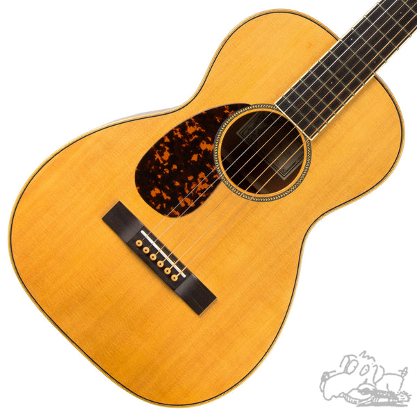 2010 Larrivée- P-03 Parlor Model Acoustic Guitar - Left-Handed - with Italian Spruce